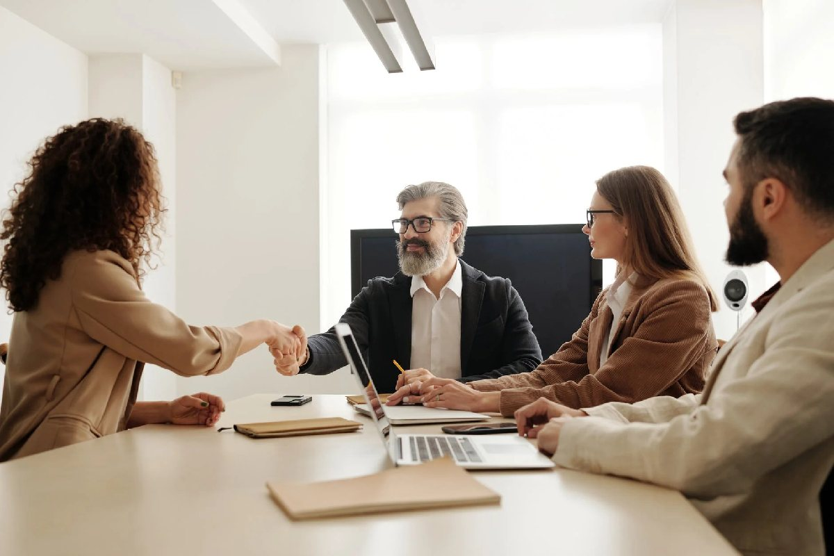 4 Different Types of Employee Hiring Strategies to Try for Your Company